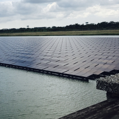 China Floating solar mounting system manufacturer